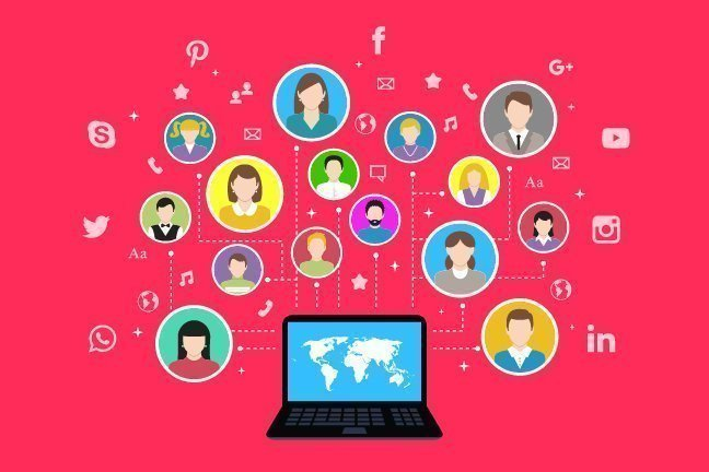 12 Ways To Leverage Social Media And Build Blog Audience!